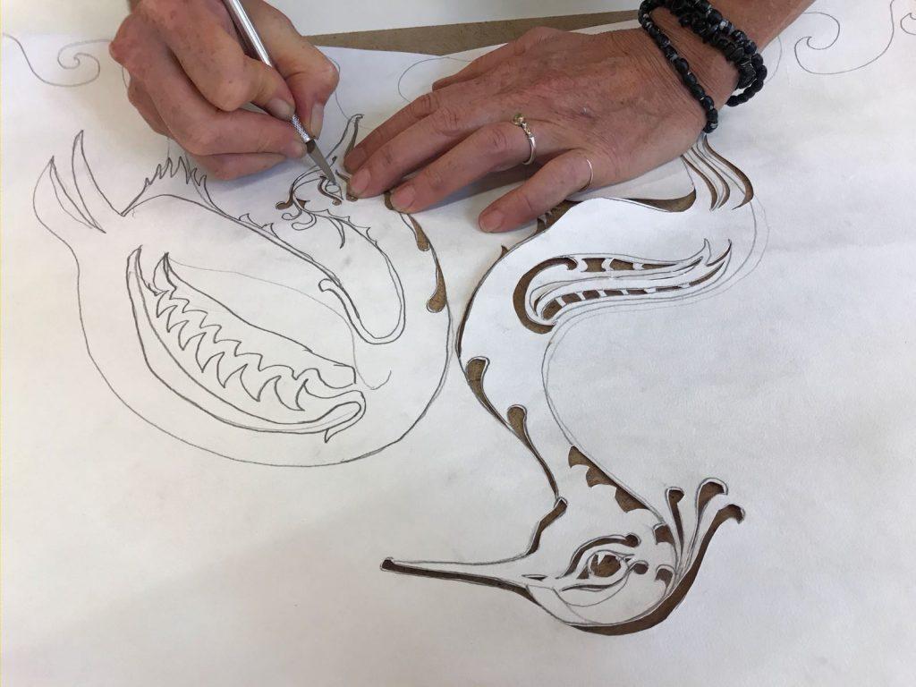 Workshop papier snijden bij Linda Meulenhoff