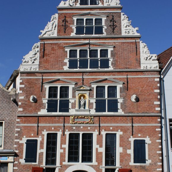 Gratis parkeren rand Hoornse binnenstad op koopzondag